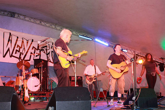 Frazer Kennedy at Weyfest 2011